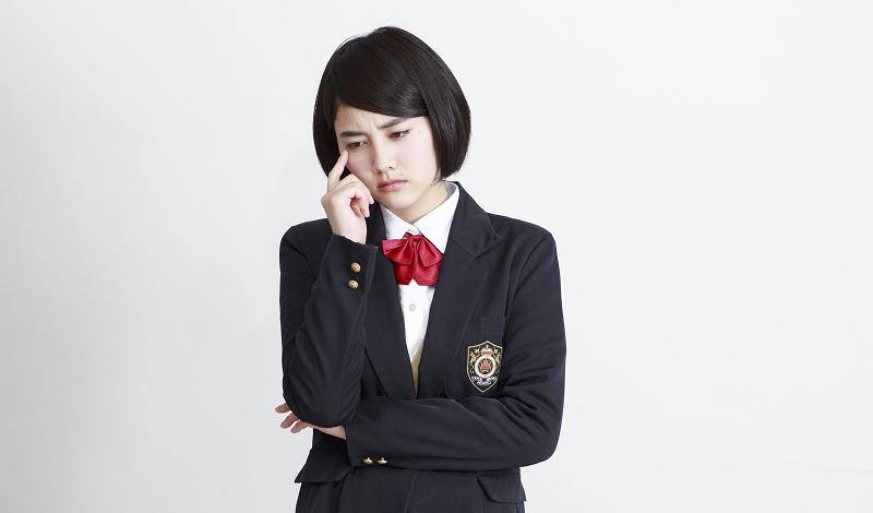 対人恐怖症で悩む女子高生